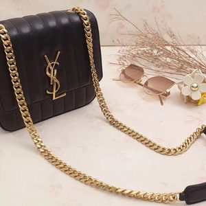 Replica Saint Laurent Medium Vicky Chain Bag Original Leather 532612 Black