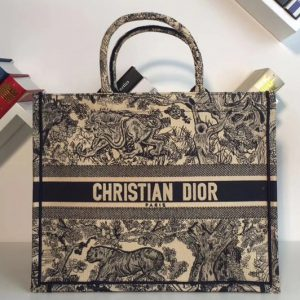 Replica Dior M1286 Book Tote 42mm Bag in Embroidered canvas With Cruise