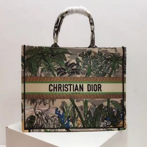 Replica Dior M1286 Book Tote 42mm bag in embroidered canvas With a Leaf green