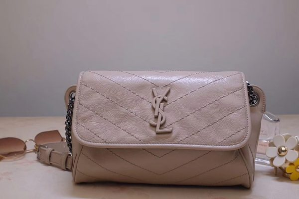 Replica Saint Laurent YSL 577124 Niki Body Bag in Beige Crinkled Vintage Leather
