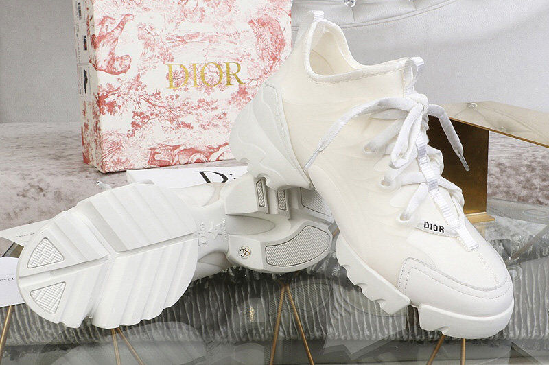 Women Dior KCK222NGG D-Connect sneaker