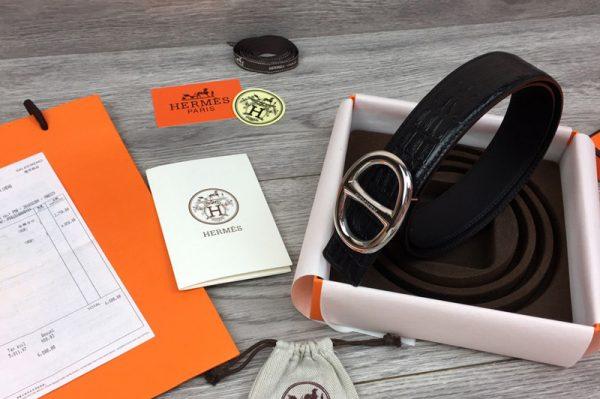 Replica Women's Hermes 32mm Chaine d'Ancre buckle Reversible Belts Black Crocodile Print Leather