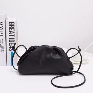 Replica Bottega Veneta The Pouch 20 Bags Black Butter Calf Leather