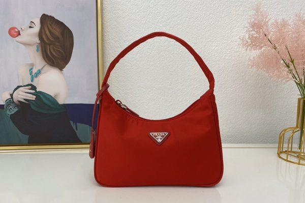 Replica Prada 1NE515 Re-Edition 2000 nylon mini-bag in Red Nylon