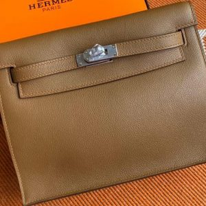 Replica Hermes Kelly Danse 22cm Bag in Brown Evercolor Leather with Silver Buckle