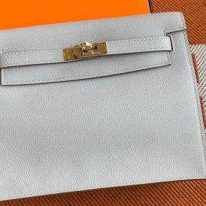 Replica Hermes Kelly Danse 22cm Bag in Light Gray Evercolor Leather with Gold Buckle