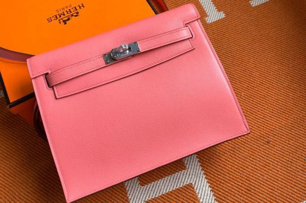 Replica Hermes Kelly Danse 22cm Bag in Pink Evercolor Leather with Silver Buckle