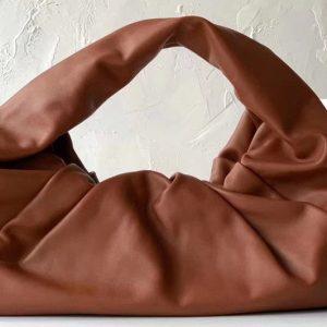 Replica Bottega Veneta 607984 The shoulder Pouch bag in Red Calfskin Leather