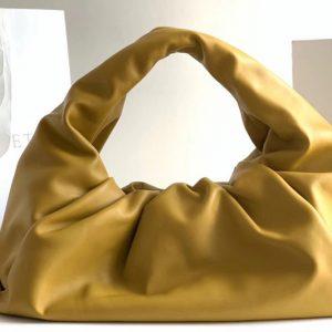Replica Bottega Veneta 610524 The shoulder Pouch bag in Lemon Calfskin Leather