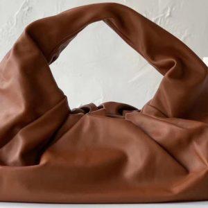 Replica Bottega Veneta 610524 The shoulder Pouch bag in Red Calfskin Leather