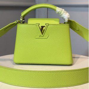 Replica Louis Vuitton M56754 LV Capucines Mini handbag In Green Taurillon leather