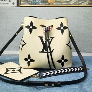 Replica Louis Vuitton M56889 LV Crafty NéoNoé MM bucket bag in Cream Embossed grained cowhide leather