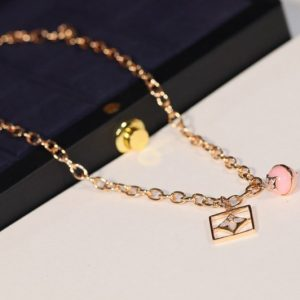 Replica Louis Vuitton Q94465 LV B Blossom Necklace Pink Gold White Gold Pink Opal White Mother of Pearl and Diamonds