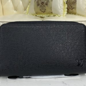 Replica Louis Vuitton M44275 LV Zippy XL Wallet In Taiga Leather