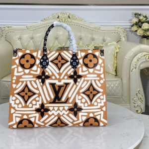 Replica Louis Vuitton M45359 LV Crafty Onthego GM tote bag in Caramel and Cream Monogram Giant coated canvas