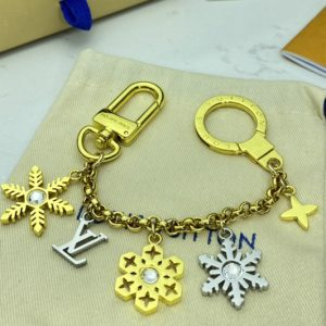Replica Louis Vuitton M80245 LV Snowflakes Chain bag charm and key holder